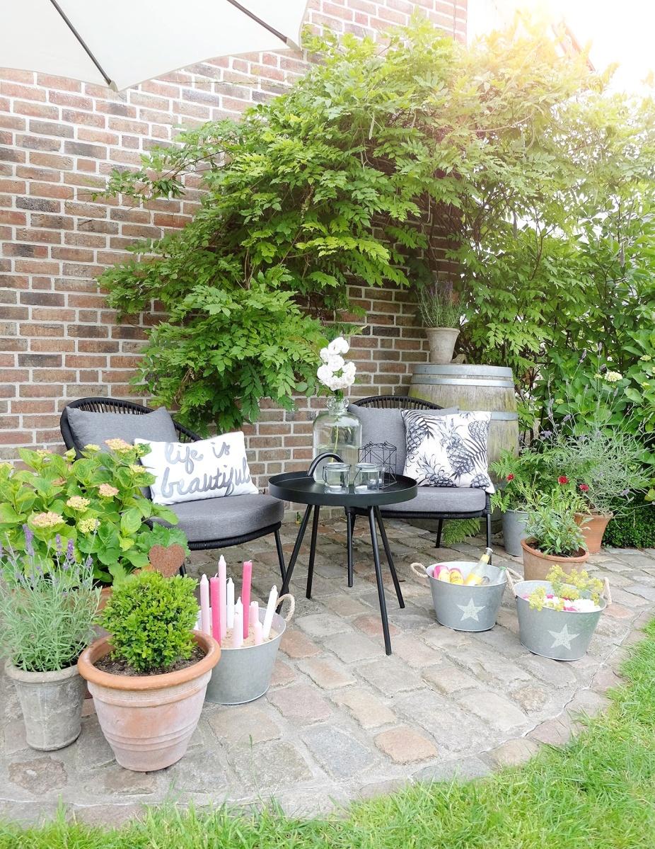 Werbung | Gemütliche Outdoorsitzecke, Loungemöbel für die Terrasse